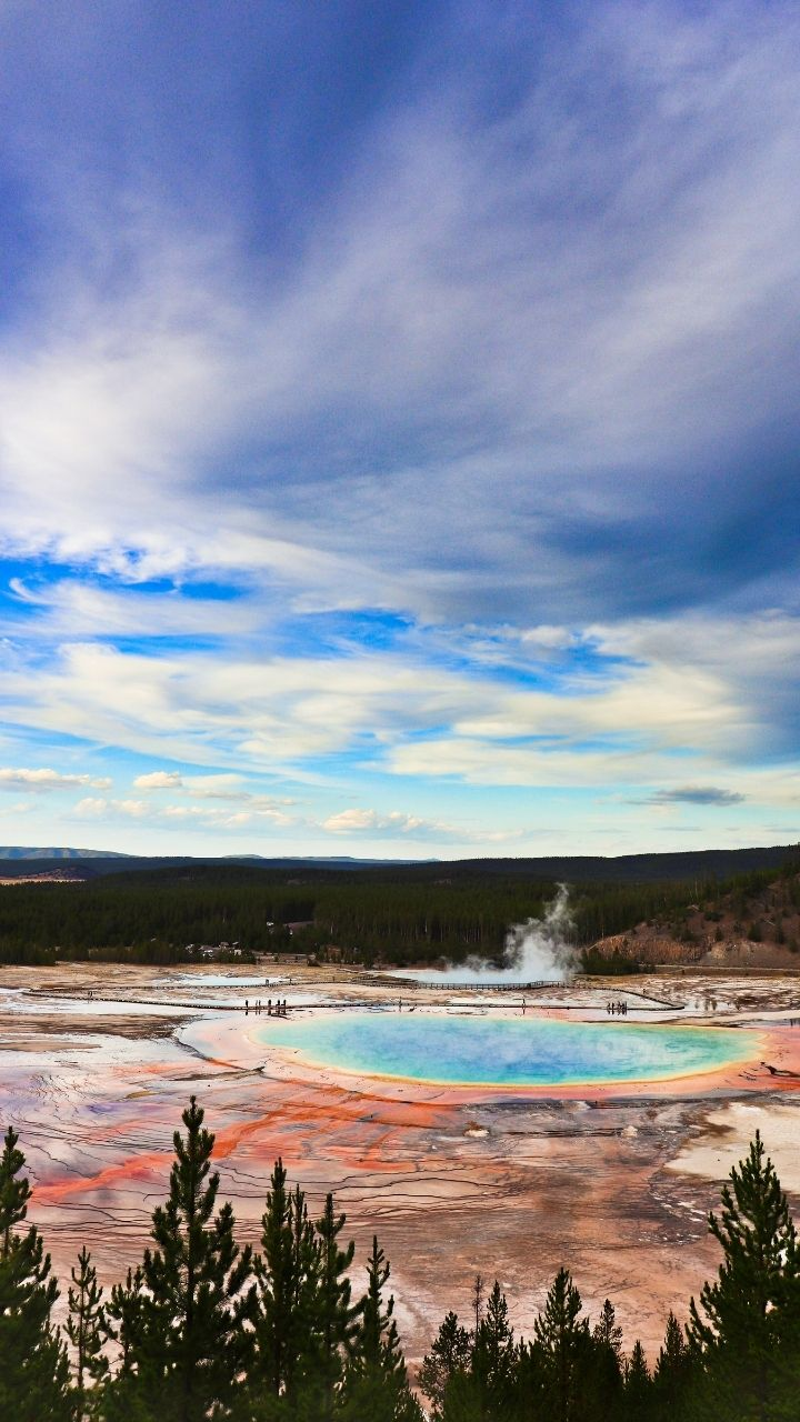 Grand Prismatic Spring Hike, 2 Days in Yellowstone Itinerary
