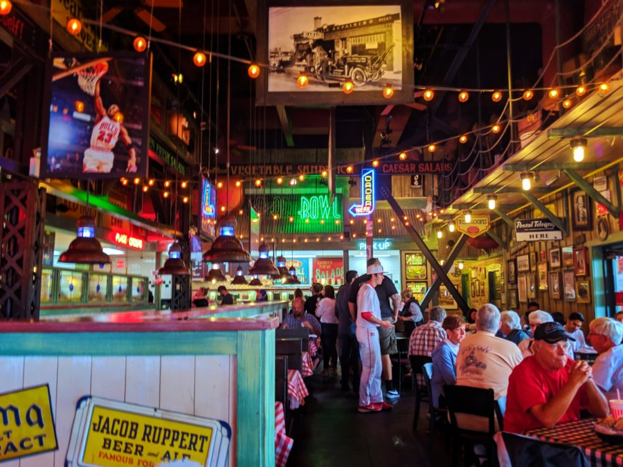 Where To Eat In Buena Park Delicious And Fun Family Dining