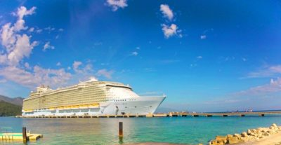 Oasis of the Seas in Port, Royal Caribbean Cruiseline