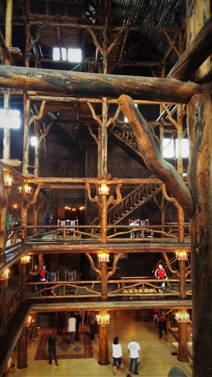 Old Faithful Inn, 2 Days in Yellowstone Itinerary
