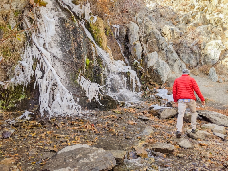 Rob Taylor hiking at frozen waterfall Kings Canyon Park Carson City Nevada 2020 1