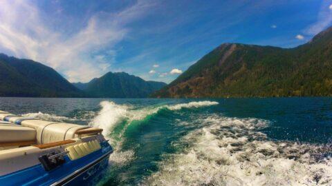 Speedboat on Lake Cushman, Olympic Peninsula