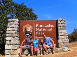 Taylor-Family-at-Pinnalces-National-Park-Entrance-Visitors-Center-3-320x240.jpg