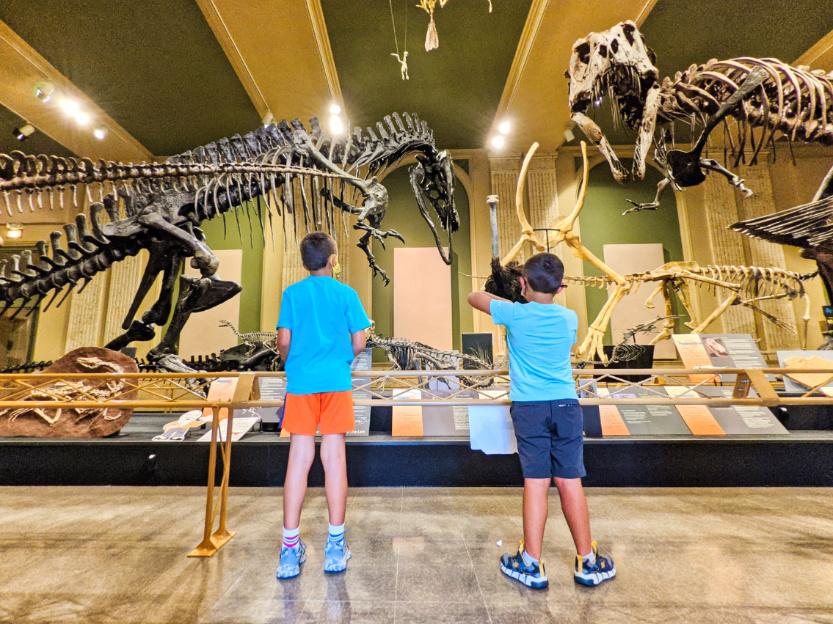 Taylor Family at Smithsonian Carthage Dinosaur Discovery Museum Kenosha Wisconsin 4