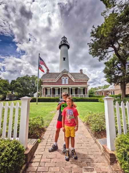 Taylor Family at St Simons Island Lighthouse Golden Isles Georgia 1 (2)