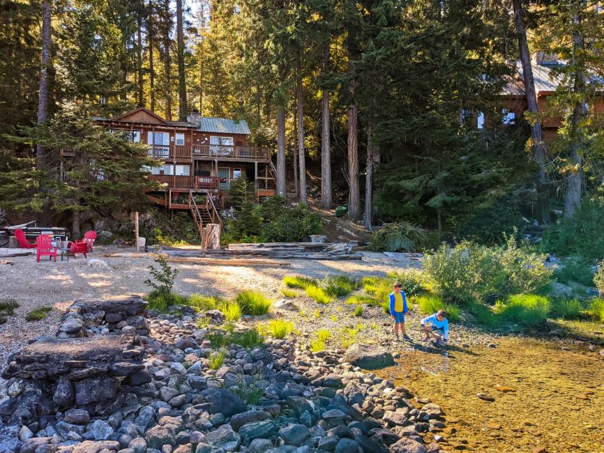 Taylor Family at Vacation Rental Cabin at Lake Wenatchee Leavenworth Washington 7