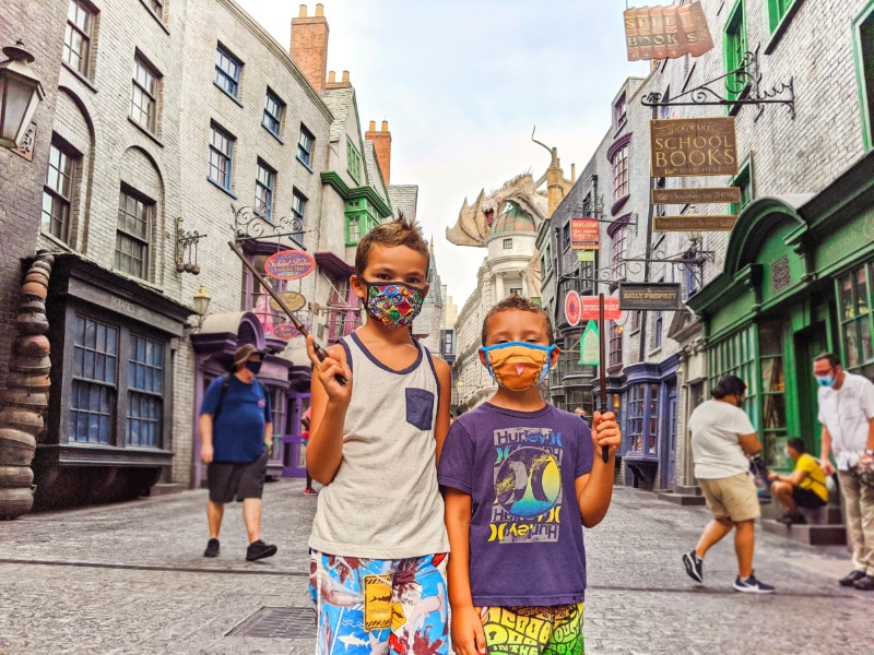 Taylor Family in Diagon Alley Universal Studios Universal Orlando 2020 1