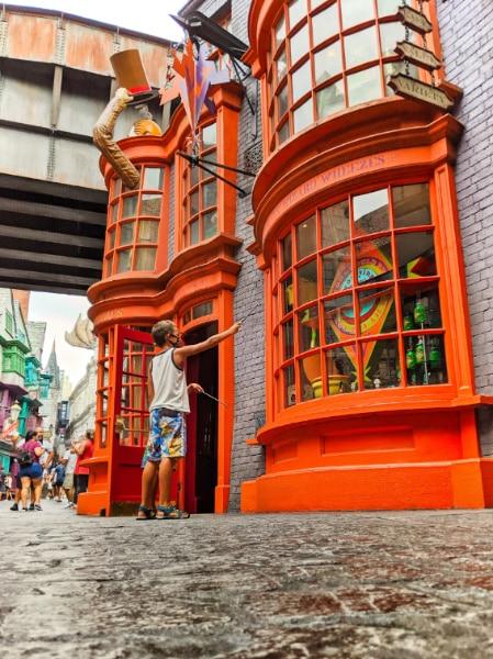Taylor Family in Diagon Alley Universal Studios Universal Orlando 2020 8