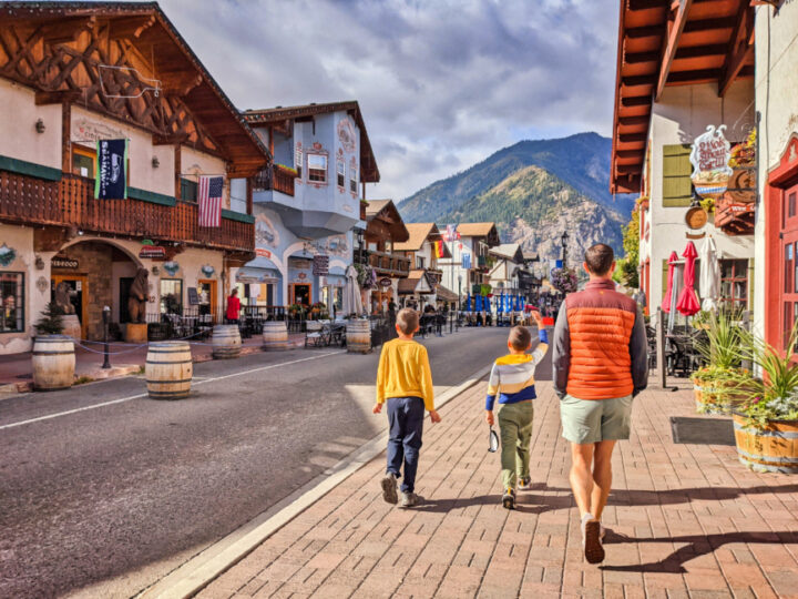 Taylor Family with Bavarian Buildings in Leavenworth Washington 2