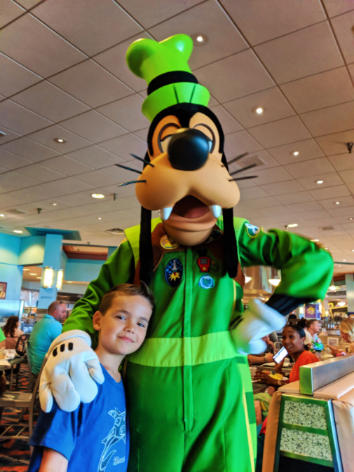 Taylor Family with Goofy character breakfast Hollywood and Vine Restaurant Hollywood Studios Disney World Florida 1