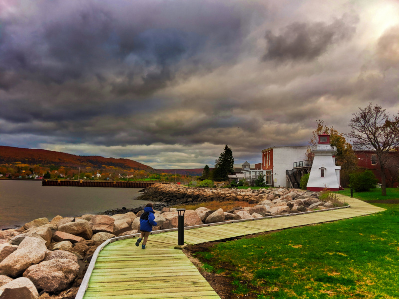 Taylor Family with Lighthouse and fall colours Annapolis Royal Nova Scotia 2