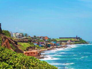 View-of-El-Morro-from-San-Cristobal-Old-San-Juan-National-Historic-Site-Puerto-Rico-1-320x240.jpg