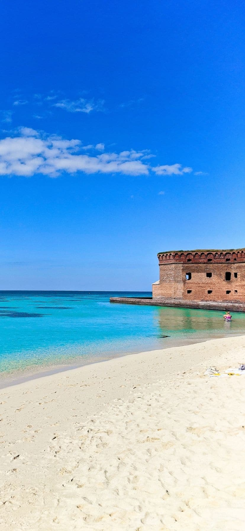 Fort Jefferson and pristine beach at Dry Tortugas National Park, Florida Keys