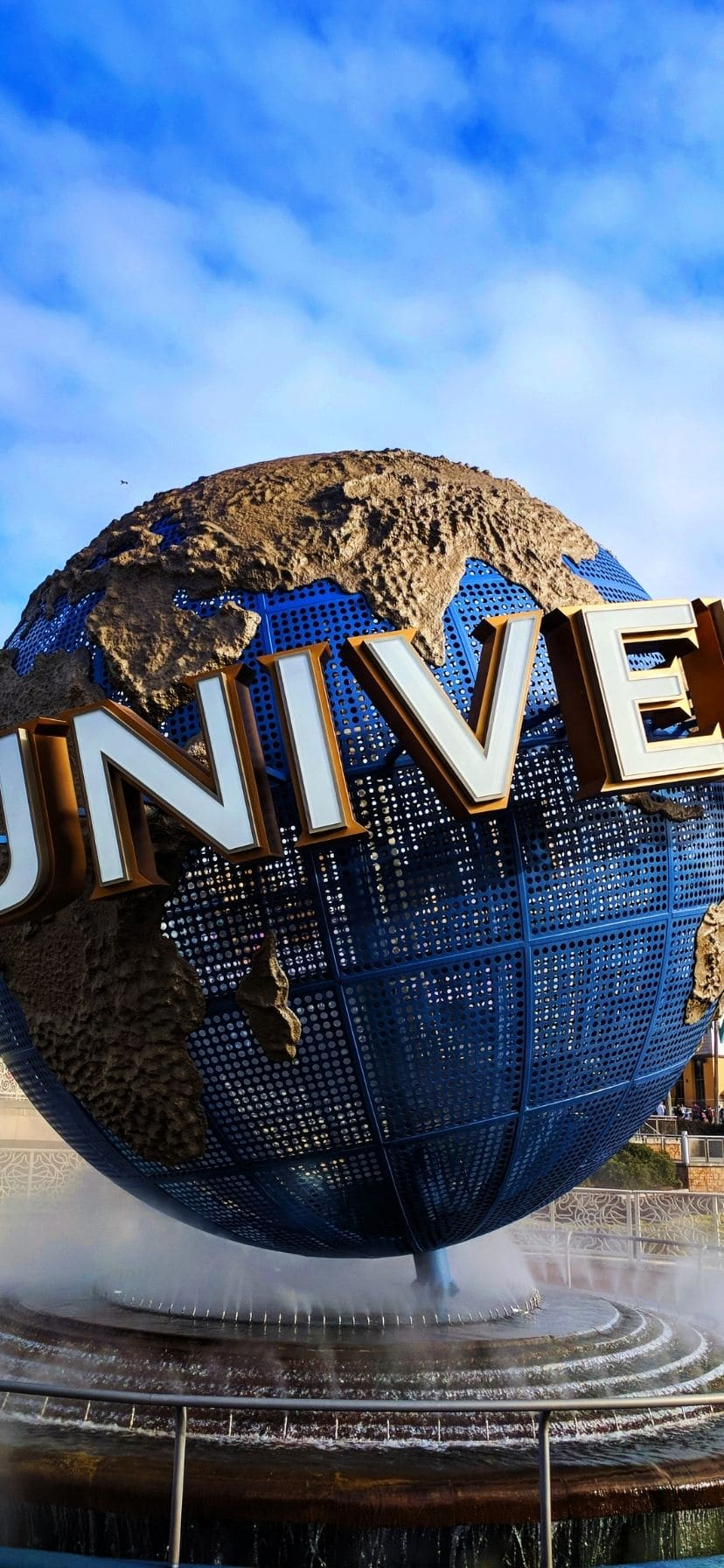 Universal Globe, Universal Studios Florida Entrance